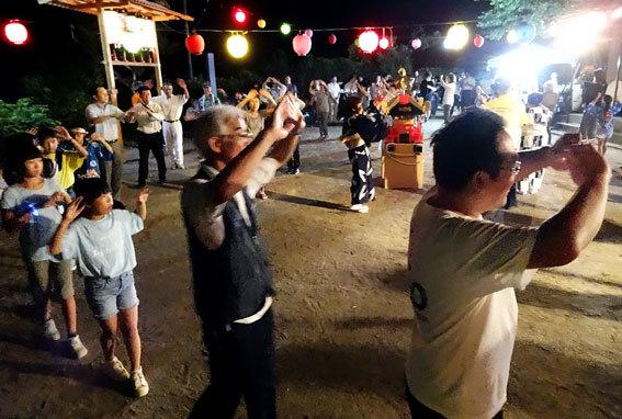 榊原は各区で夏祭り_b0145296_21511140.jpg