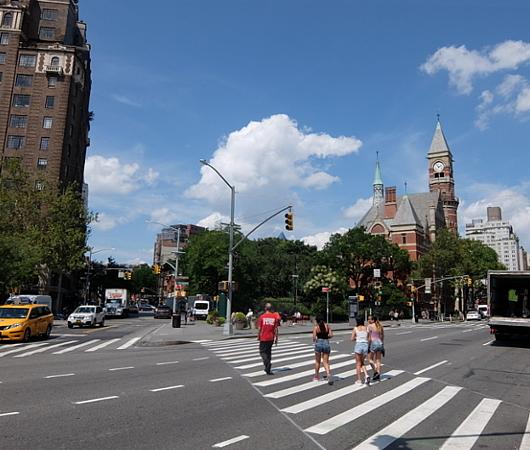 夏のニューヨーク特集、グリニッジ・ビレッジのお散歩にもどります_b0007805_02352051.jpg