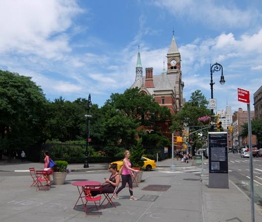 夏のニューヨーク特集、グリニッジ・ビレッジのお散歩にもどります_b0007805_02415922.jpg