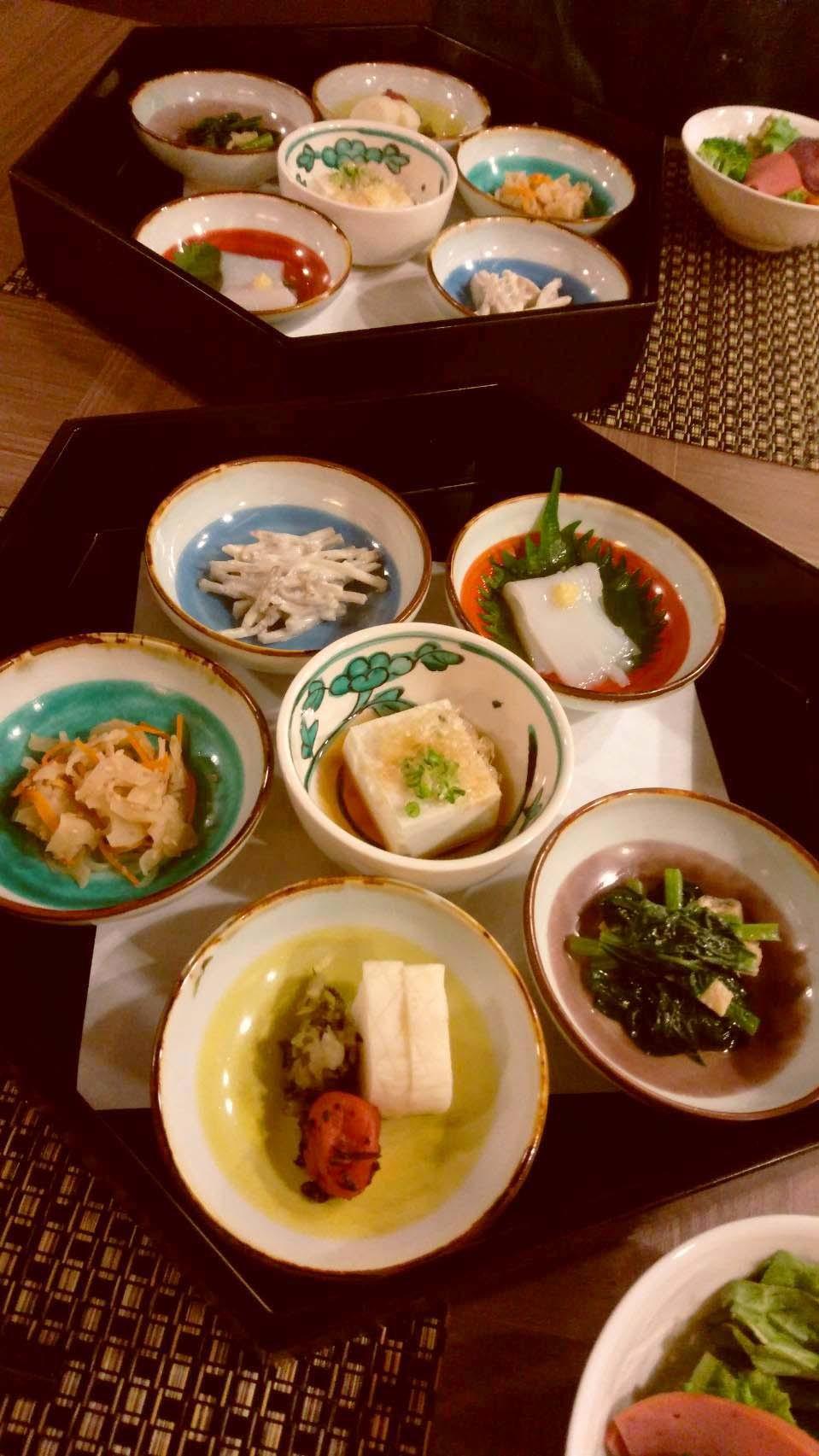 湯涌温泉朝市の野菜ごはん_d0377645_22445152.jpg