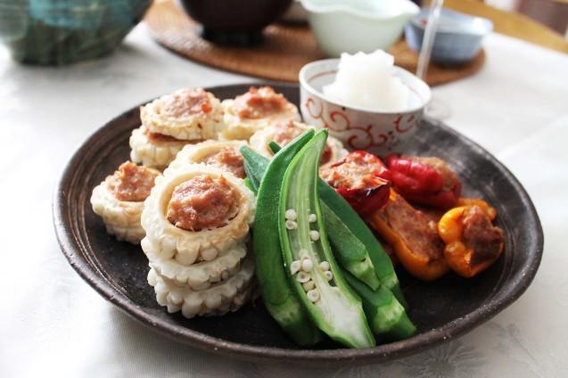 湯涌温泉朝市の野菜ごはん_d0377645_22454272.jpg