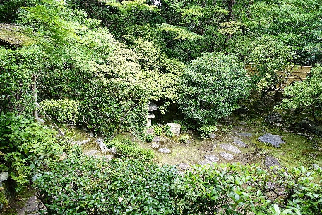 妙心寺 桂春院(その2)思惟の庭と真如の庭_c0112559_08143048.jpg