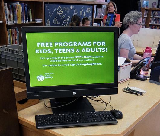 NYの歴史たっぷりな図書館の子ども本コーナー、Jefferson Market Library Children Books Room_b0007805_01240856.jpg