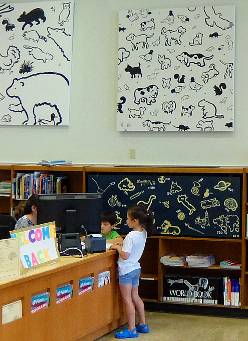 NYの歴史たっぷりな図書館の子ども本コーナー、Jefferson Market Library Children Books Room_b0007805_01253055.jpg