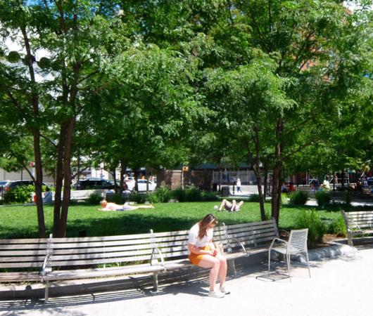 AIDS最前線で戦った聖ヴィンセント病院跡地にできたNYCエイズ・メモリアル公園_b0007805_03551950.jpg
