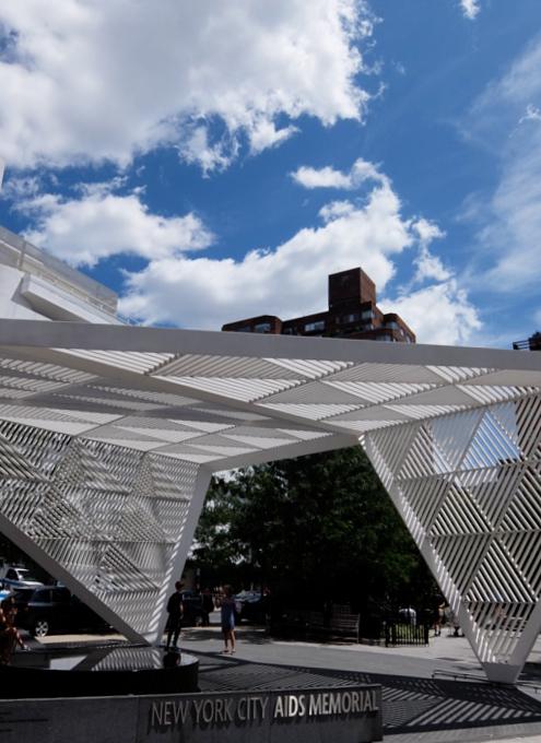 NYCエイズ・メモリアル・パーク・スカルプチャー NYC AIDS Memorial Park sculpture_b0007805_04523655.jpg