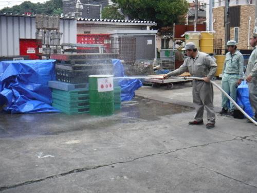 消防訓練2019・08_e0164638_08145072.jpg