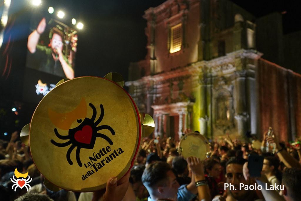 La Notte della Tarantaが今年も開催されました!_b0305039_18545804.jpg