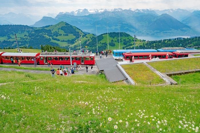 ルツェルンから登山電車に乗ってリギ山へ_b0145398_22415557.jpg