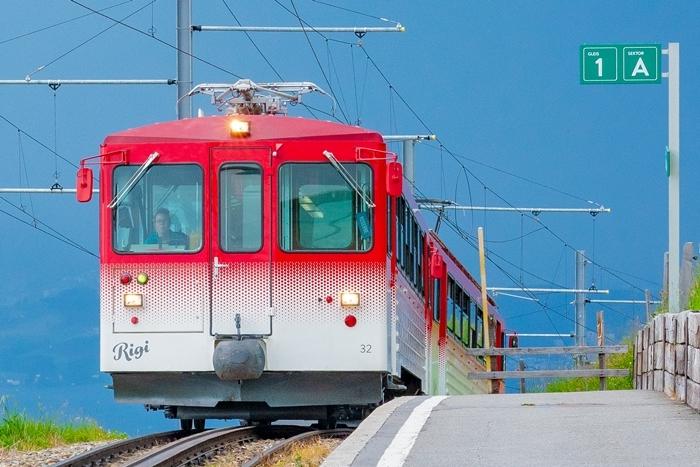 ルツェルンから登山電車に乗ってリギ山へ_b0145398_22423269.jpg