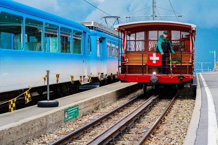 ルツェルンから登山電車に乗ってリギ山へ_b0145398_22433281.jpg