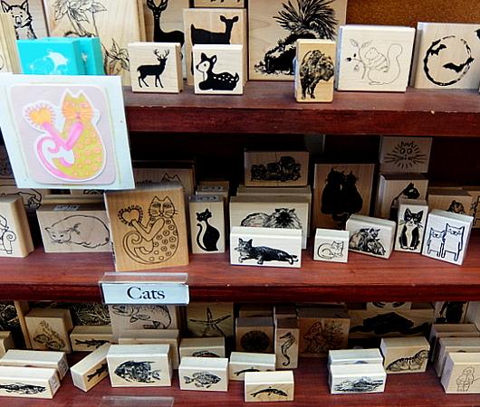 ニューヨークで20年以上続く小さなスタンプ専門店、インク・パッド(The Ink Pad)_b0007805_06092832.jpg