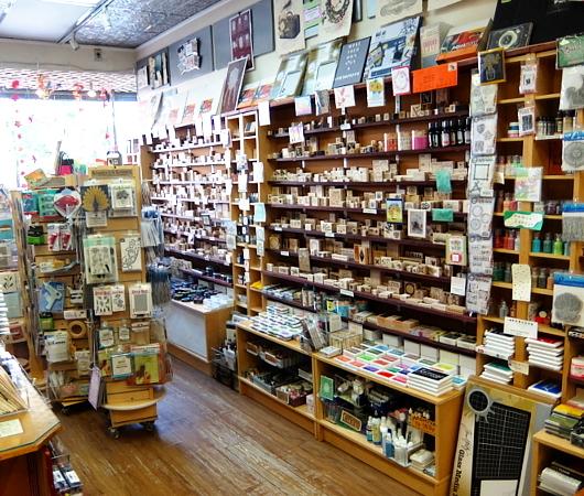 ニューヨークで20年以上続く小さなスタンプ専門店、インク・パッド(The Ink Pad)_b0007805_06141093.jpg