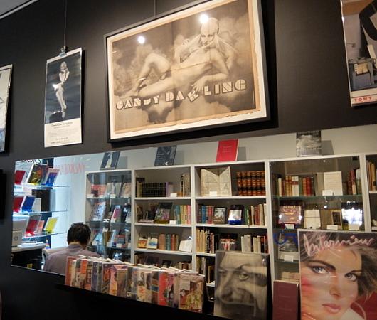 NYグリニッジ・ビレッジで復活した老舗書店、レフト・バンク・ブックス(Left Bank Books)_b0007805_07512708.jpg