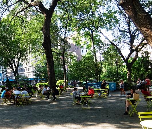 夏のニューヨーク、ユニオン・スクエア公園の様子_b0007805_08515792.jpg