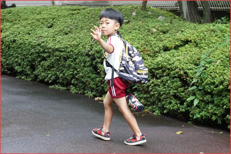 初日の東京は雨_b0019313_16072508.jpg