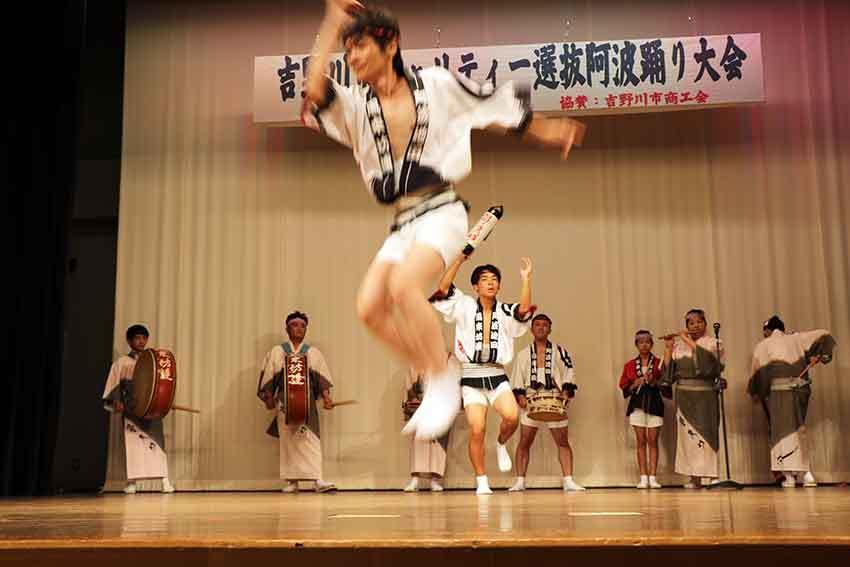 2019年吉野川市チャリティー選抜阿波踊り-04♪風来坊連-2♪_d0058941_20095753.jpg