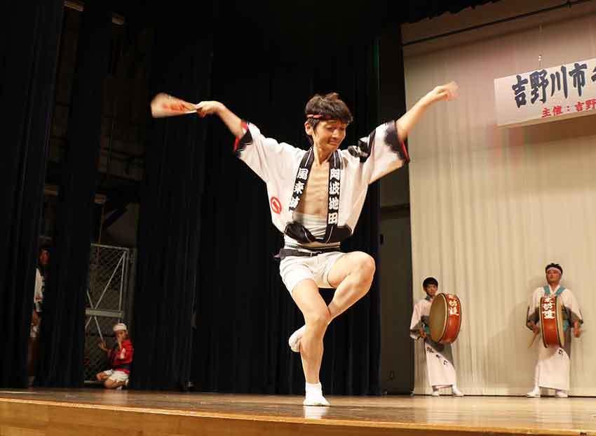 2019年吉野川市チャリティー選抜阿波踊り-04♪風来坊連-2♪_d0058941_20204355.jpg