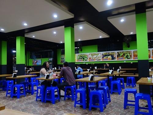 AYAM PENYETが料理名だと知っていたら注文したかも、でも食べたのはAYAM BAKARでした_c0030645_16494597.jpg