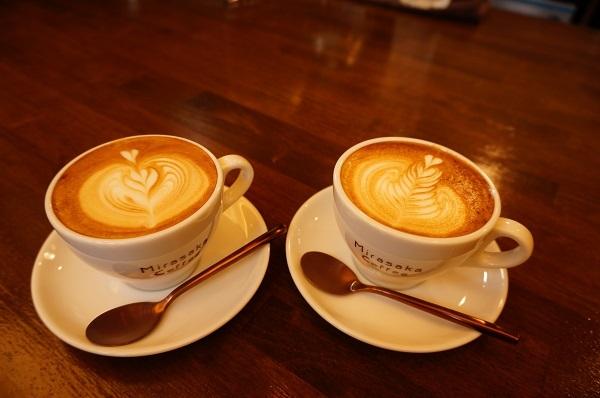お友達とカフェ巡り_e0365880_20451442.jpg