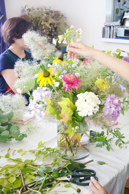 6月のレッスン 初夏の草花を使った投げ入れ_f0127281_11410135.jpg