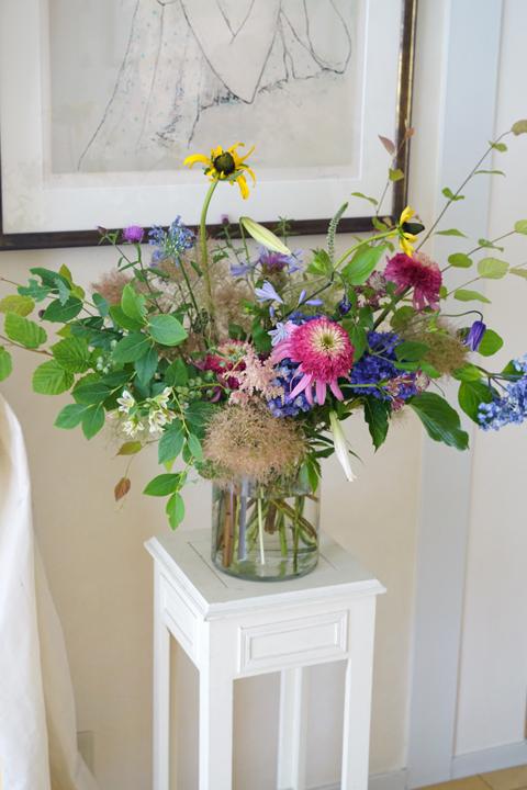 6月のレッスン 初夏の草花を使った投げ入れ 2_f0127281_11553019.jpg