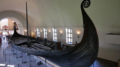 ヴァイキング船_a0166284_12281345.jpg
