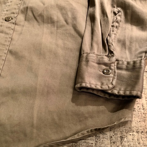 "1960s \"" U.S ARMY \"" 100% cotton SATEEN OG-107 VINTAGE UTILITY CAP - SNOOPY ピンズ付 - ._d0172088_19494614.jpg"