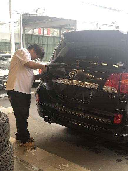 8月29日(木)☆新車エスカレードあります♡ランクル ハマー ハイエース♡TOMMY♡_b0127002_18542516.jpg
