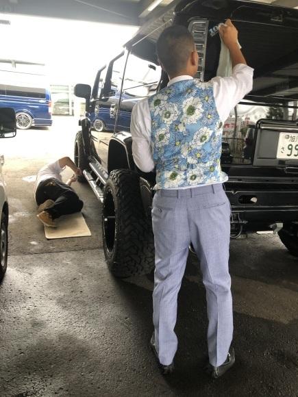 8月29日(木)☆新車エスカレードあります♡ランクル ハマー ハイエース♡TOMMY♡_b0127002_19040003.jpg