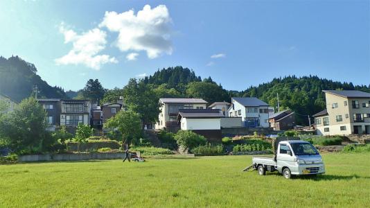 耐久山岳マラソンなどの準備で駐車場の草刈りをしました_c0336902_14173003.jpg
