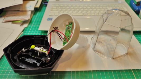 「ほの灯り」の点検と修理を行っています_c0336902_18121574.jpg