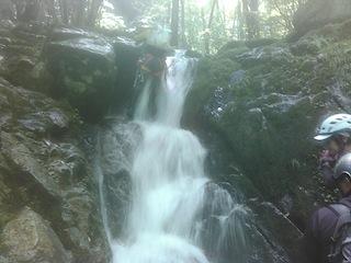 シャワー三昧の粥川は秋の気配_c0359615_21540319.jpg