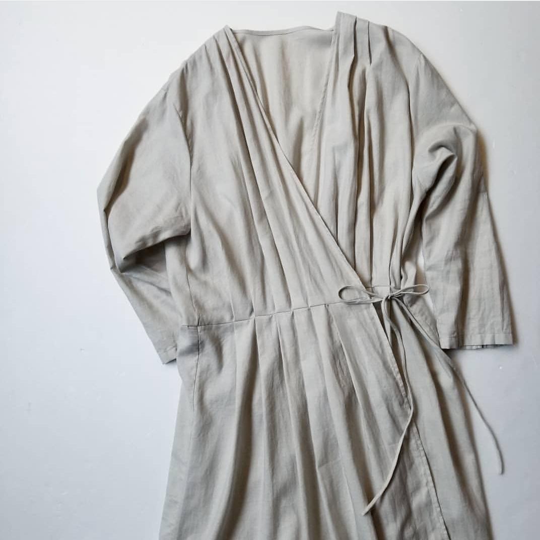 evam eva otton silk tuck robe_f0120026_17244737.jpg