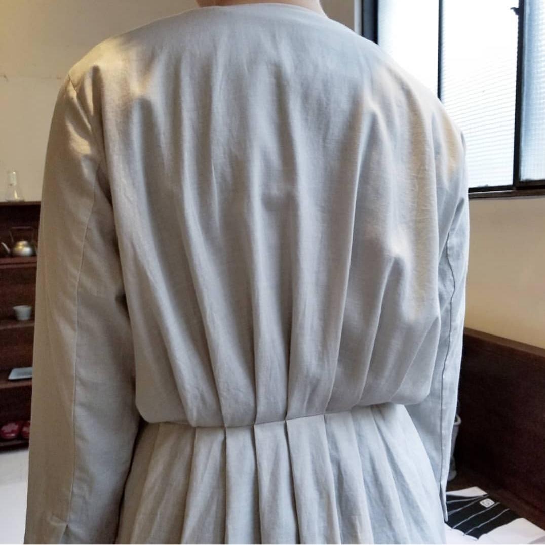 evam eva otton silk tuck robe_f0120026_17244864.jpg