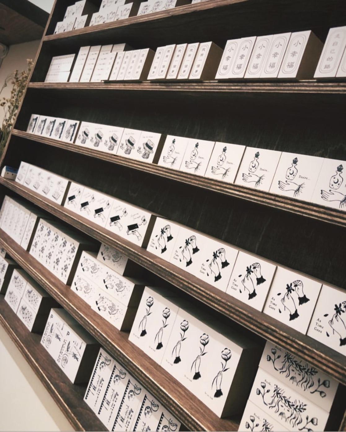 NYイーストビレッジのniconeco zakkaya さんに納品しています_a0137727_22040292.jpeg