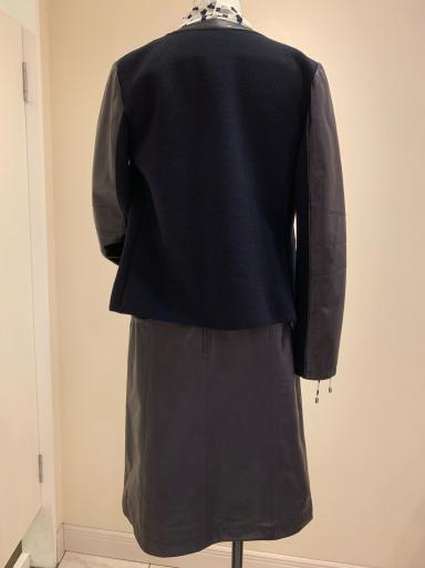 レザージャケットとスカート_c0223630_21033757.jpg