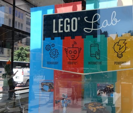 イベント慣れしたレゴから学ぶ、備品の重要性_b0007805_02293017.jpg