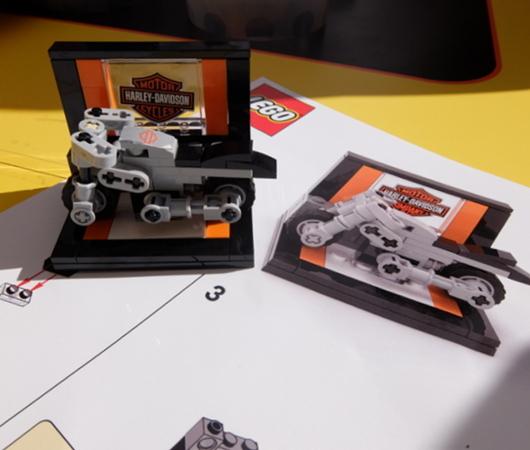 レゴ・ブロックでオートバイのハーレー作ってみました_b0007805_02490259.jpg