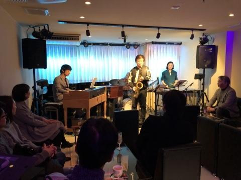 ジャズライブ カミン   広島 本日8月30日金曜日はスペシャルなライブですよ!_b0115606_12333519.jpeg