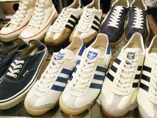 川遊び&BBQ&三芳PA 入荷70年代~90年代 ヴィンテージスニーカー adidas puma converse vans_f0180307_02030123.jpg