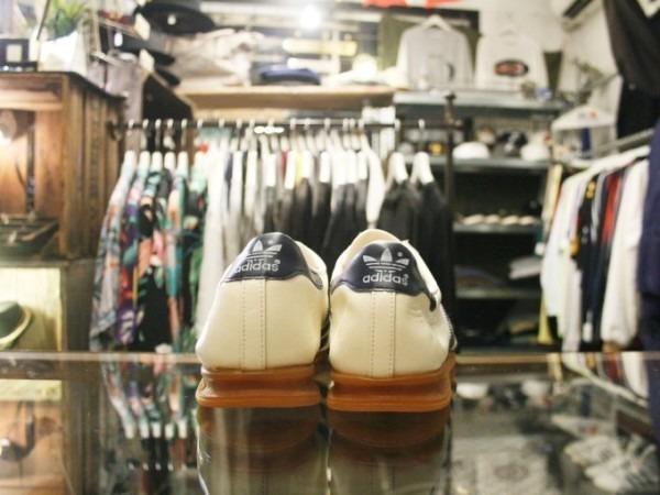 川遊び&BBQ&三芳PA 入荷70年代~90年代 ヴィンテージスニーカー adidas puma converse vans_f0180307_02064225.jpg