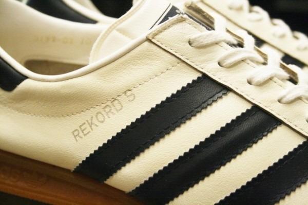 川遊び&BBQ&三芳PA 入荷70年代~90年代 ヴィンテージスニーカー adidas puma converse vans_f0180307_02064368.jpg
