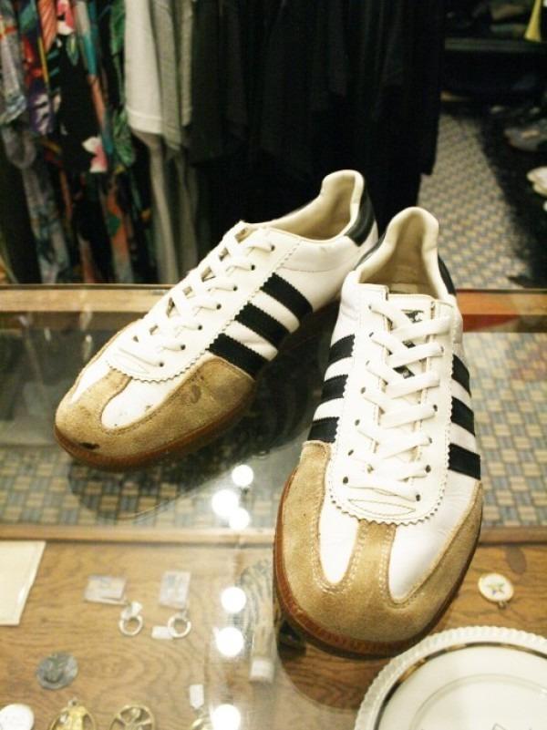 川遊び&BBQ&三芳PA 入荷70年代~90年代 ヴィンテージスニーカー adidas puma converse vans_f0180307_02110382.jpg
