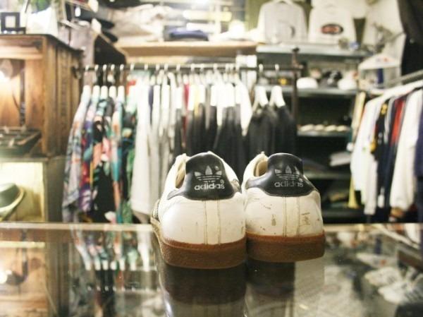 川遊び&BBQ&三芳PA 入荷70年代~90年代 ヴィンテージスニーカー adidas puma converse vans_f0180307_02110395.jpg