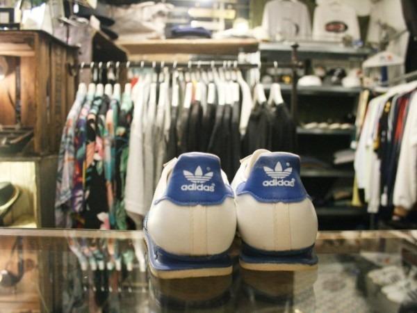 川遊び&BBQ&三芳PA 入荷70年代~90年代 ヴィンテージスニーカー adidas puma converse vans_f0180307_02173121.jpg