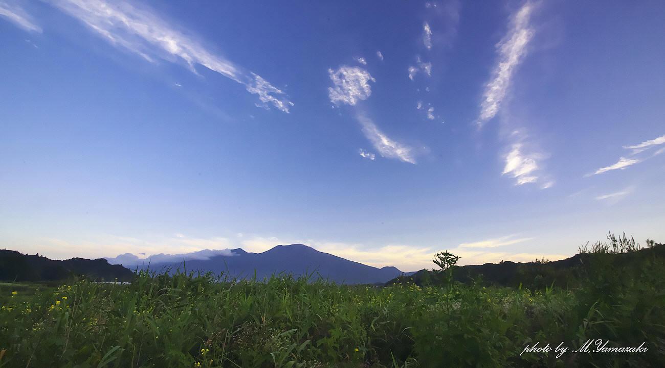 山の夜明けと山での出会い_c0217255_05595972.jpg