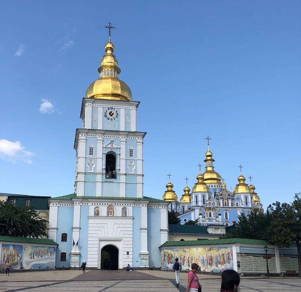 聖ミハイル黄金ドーム修道院@キエフ/ウクライナ_a0092659_16401821.jpg