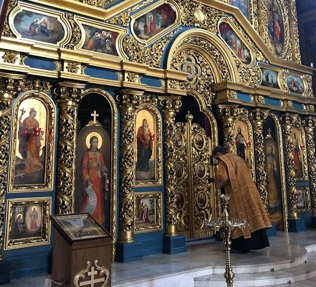 聖ミハイル黄金ドーム修道院@キエフ/ウクライナ_a0092659_17233612.jpg