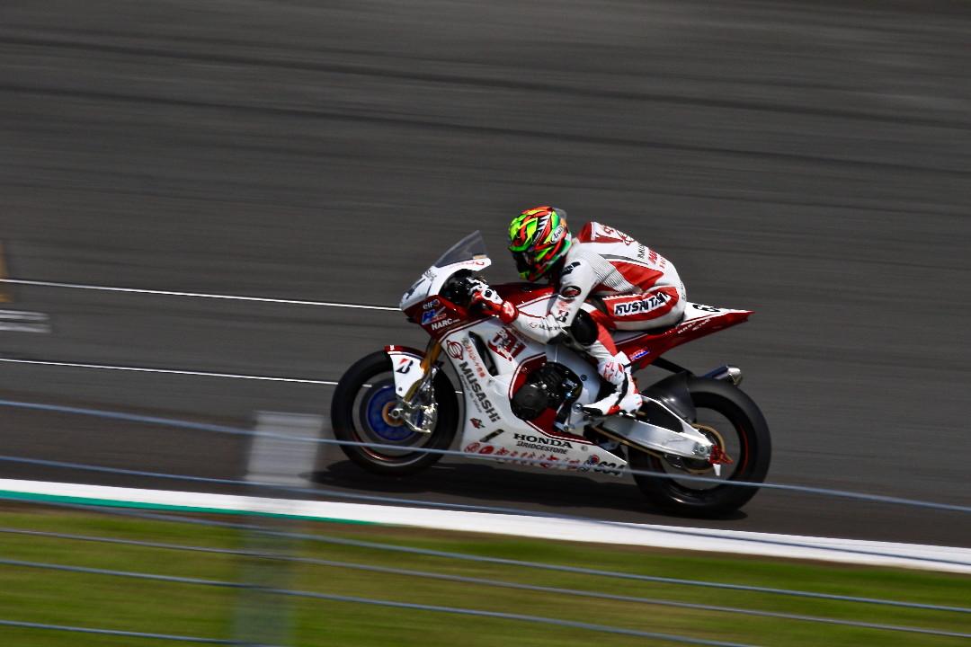 Enjoy Honda 2019 ・・・No.6 MFJ全日本ロードレース選手権_e0071967_10212258.jpg
